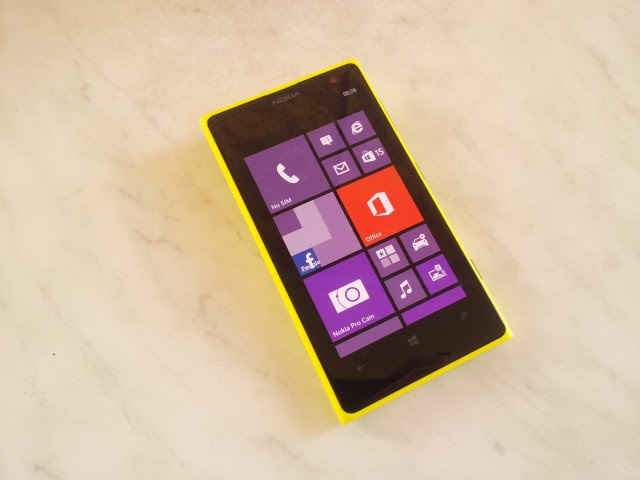 lumia10208