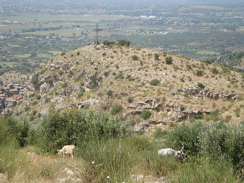 File:Riserva naturale del Monte Catillo.JPG
