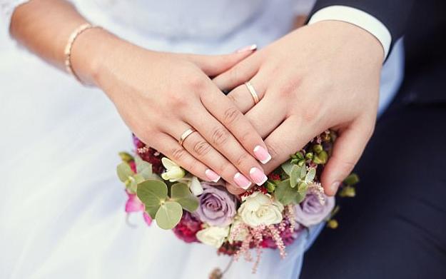 El matrimonio promueve una vida sana y evita demencia