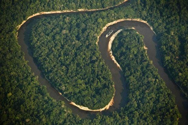 Imagem aérea do Rio Juruá, na Amazônia  (Foto: Bruno Kelly/Reuters)