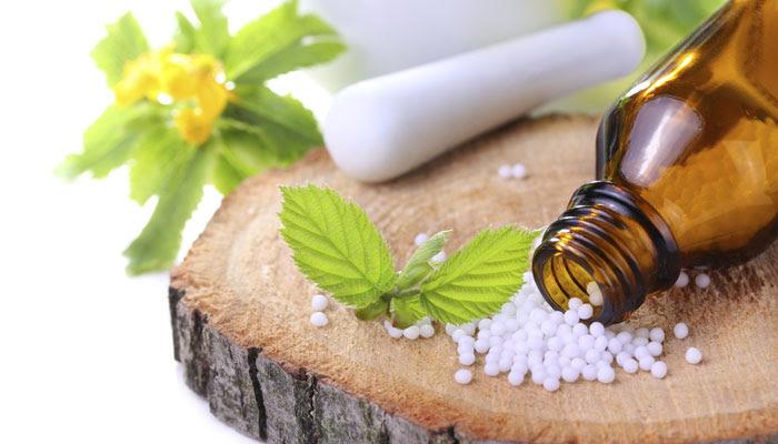 Saya mengenal homeopathy pertama kali sekitar tahun  Mengenal Homeopathy untuk pelihara kesehatan keluarga