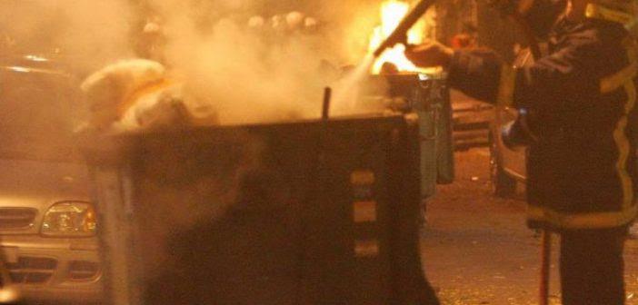 Νύχτα εμπρησμών στο Αγρίνιο – Στις φλόγες πέντε κάδοι απορριμμάτων