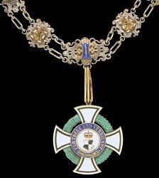 Honour Cross 1st Class: Collar