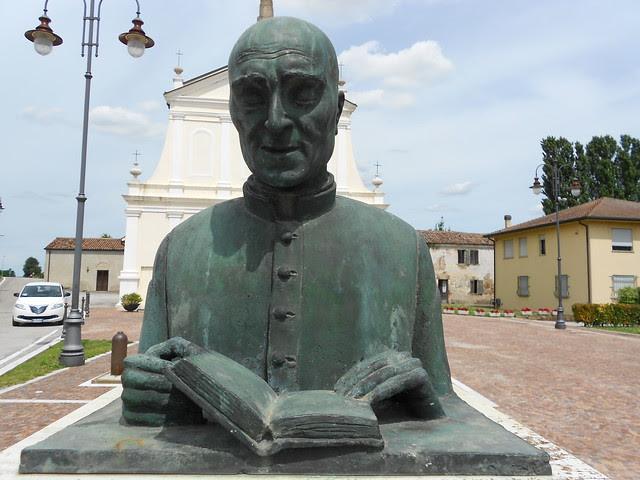 busto Don Nicola Zambello di Milani Bosaro