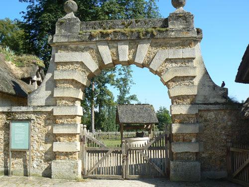portail de pierre.jpg