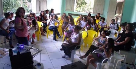 Oficina foi ministrada por alunos da Uesb (Foto: Divulgação)