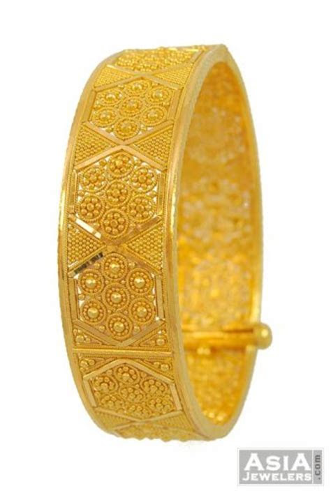 Gold Indian Kada (22Kt)   AjBa53116   22K Gold wide bangle