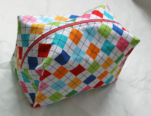 Argyle box bag
