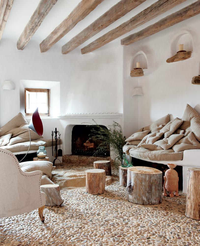 Coastal Cave House of French Designer Alexandre de Betak