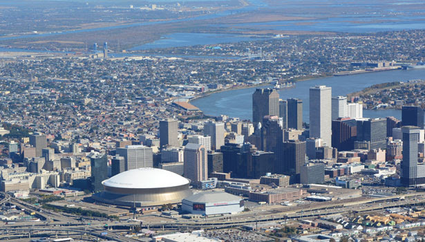Superdome, Super Roof: Iconic Mercedes-Benz Superdome in ...