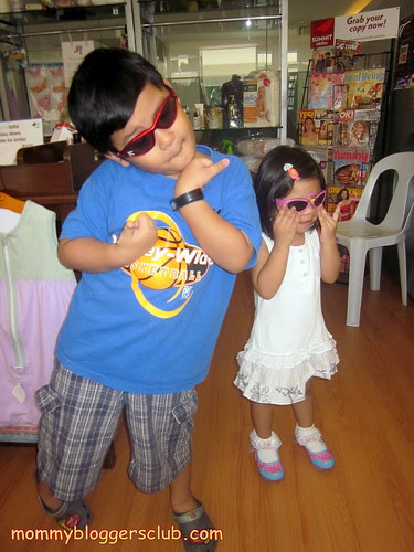 Jed and Adee practicing their modeling skills :D