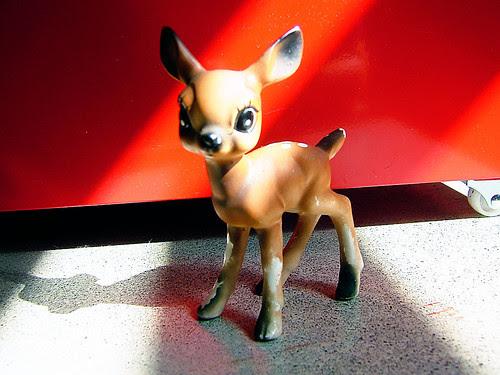 little deer red
