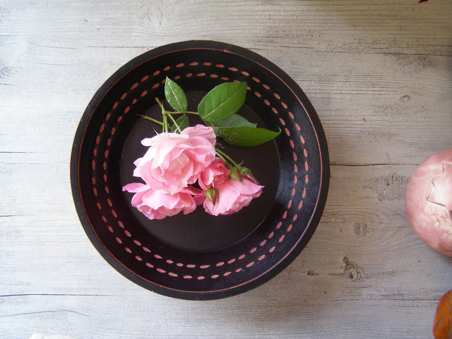 Black wood Bowl, Minimal retro design, black and pink, cottage chic, zen home decor, vintage Autumn, winter home decor, Christmas gift - MeshuMaSH