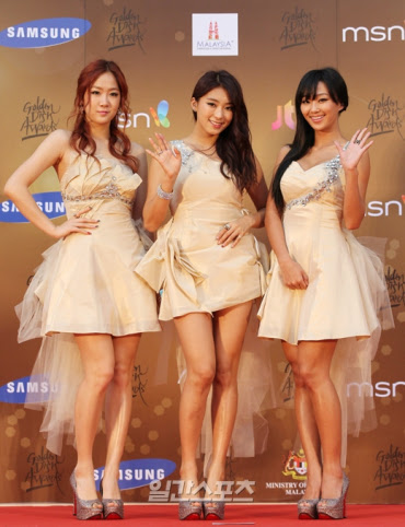 20130116_goldendiskawards_redcarpet16_large