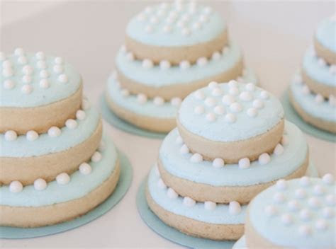 Miniature Wedding Cake Sugar Cookies   AllFreeDIYWeddings.com