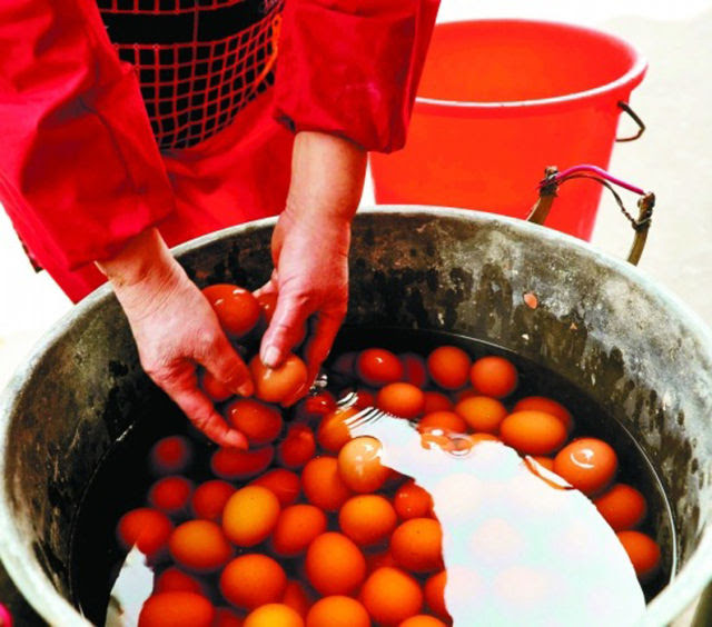 OMG: Chinese Traditional Eggs