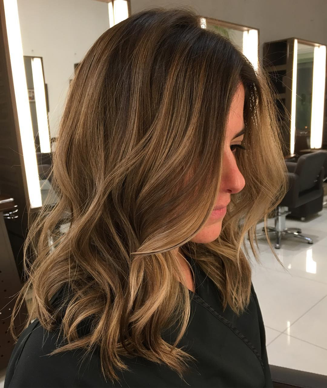45 Light Brown Hair Color Ideas: Light Brown Hair with Highlights and Lowlights