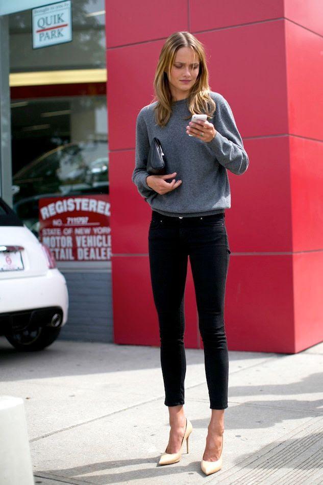 Le Fashion Blog Model Off Duty New York City Street Style Karmen Pedaru Grey Sweater Clutch Black Skinny Jeans Off White Pumps Via Popsugar photo Le-Fashion-Blog-Model-Off-Duty-New-York-City-Street-Style-Karmen-Pedaru-Grey-Sweater-Clutch-Black-Skinny-Jeans-Off-White-Pumps-Via-Popsu.jpg