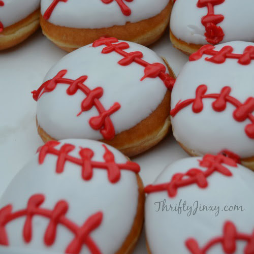 100 Baseball Party Ideasby A Professional Party Planner