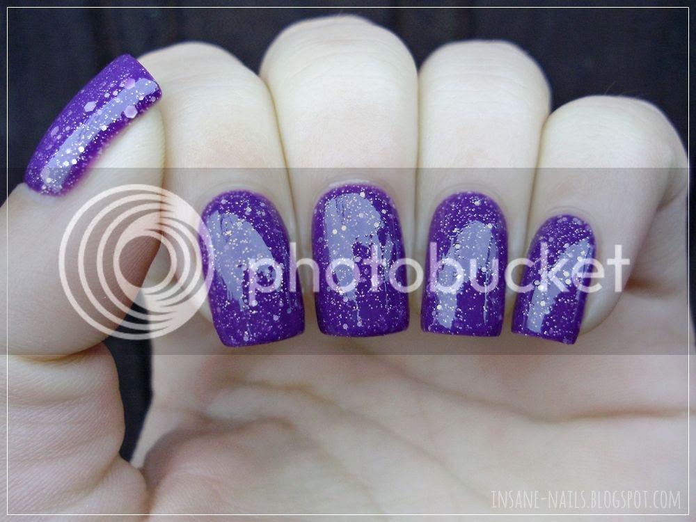 photo matcing-manicures-glitter-2_zpskgmngxu5.jpg