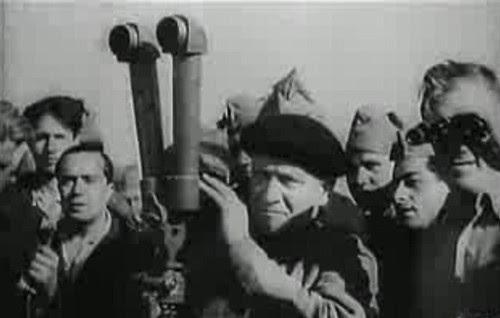 Largo Caballero observa la voladura del Alcázar de Toledo por parte del ejército republicano