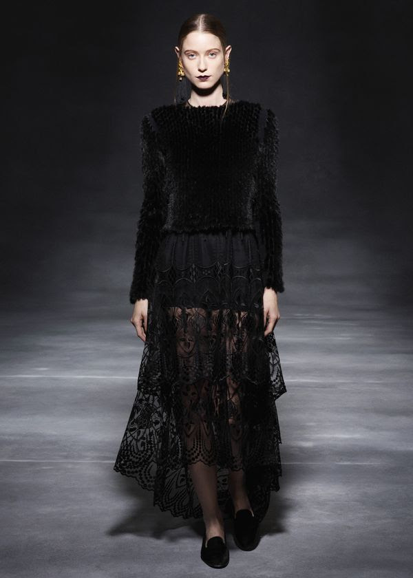 The-row-rtw-fw2011-runway-25_164811448352