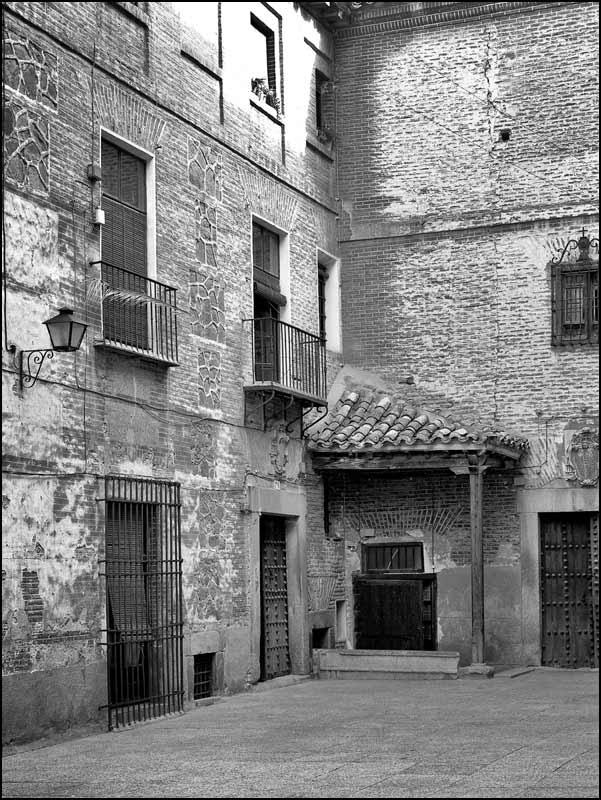 Plaza de las Capuchinas de Toledo en 1982. Fotografía de John Fyfe