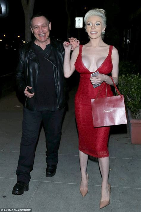 Courtney Stodden insists relationship with husband Doug