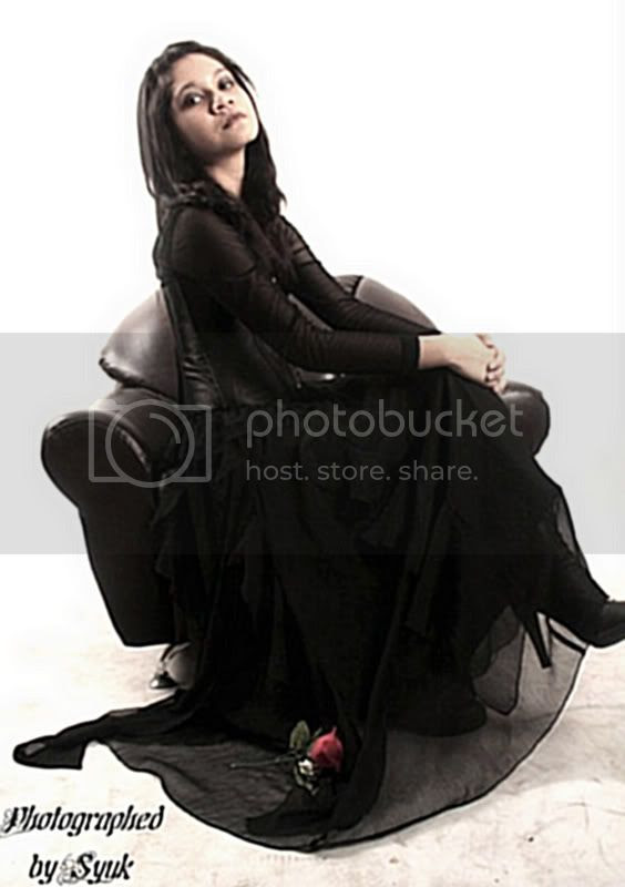 gothic,gothic dress,gothic models,goth