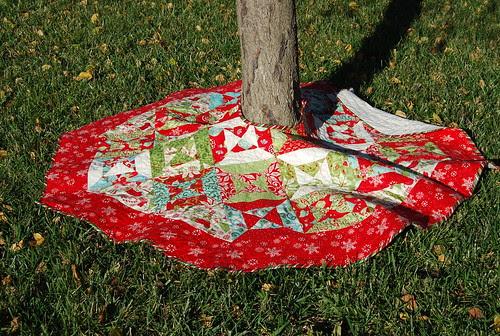 12 Days tree skirt