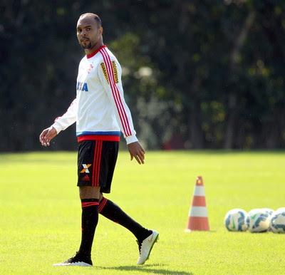 Alecsandro treino Flamengo (Foto: Cezar Loureiro / Ag. O Globo)