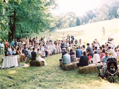 southern wedding hay bale ceremony
