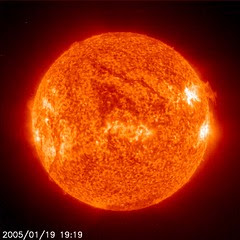 sun-soho011905-1919z