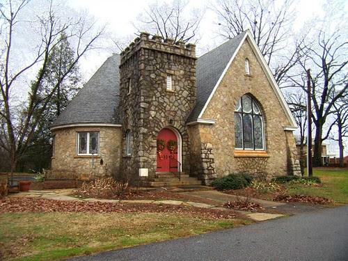 P1051628-Columbia-Drive-Chapel