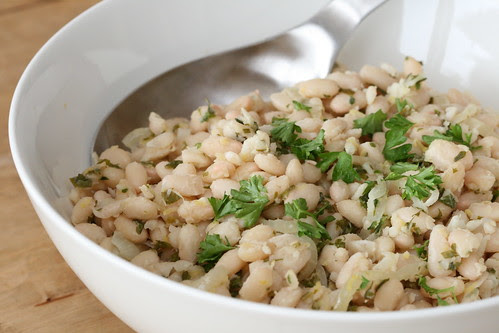 Beans with parsley and lemon / Valged oad sidruni ja peterselliga