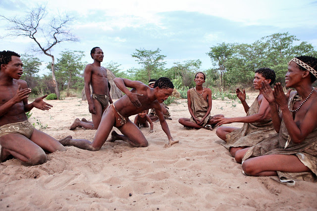 WdpUGZXfjRERfDLy2h7HyAjzzFtF6uLysmhT053AcNxkSy0hbSub2fPHR G0Z1nwYvFrQK350 dHUNxjCl1e4z6AD2JEE9OC6 BSDJEilU1UAA=s0 d San Bushmen People, The World Most Ancient Race People In Africa