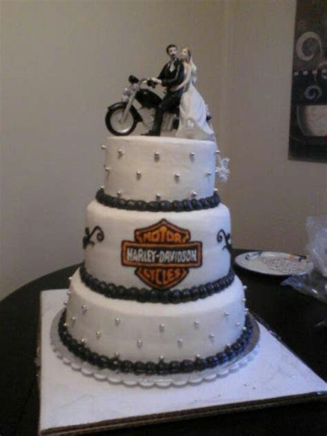 Harley Davidson Wedding Cakes   Pinned by Chatty Breuer