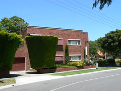 Beaumont Estate, Ivanhoe