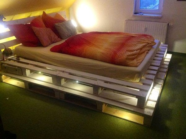 Light Pallets Bed – DIY | Home Design, Garden & Architecture Blog ...