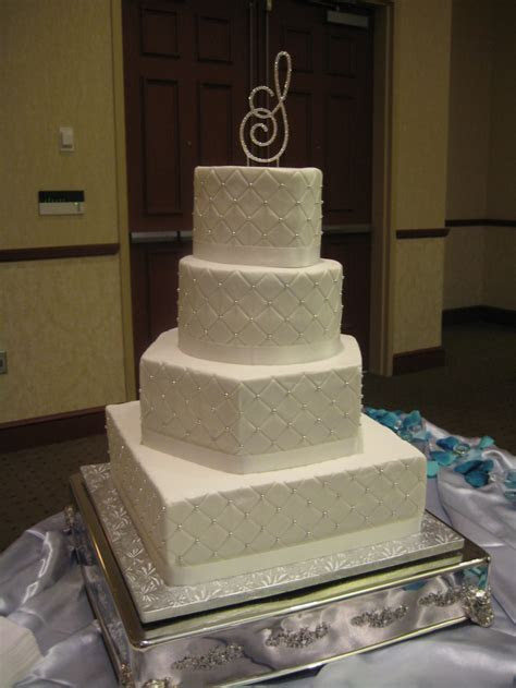 95 best images about Wedding cakes on Pinterest