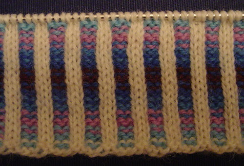 Vertical Stripes corrugated rib hem