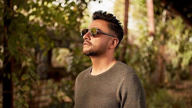 Álex Campos gana un Grammy Latino por su álbum Soldado