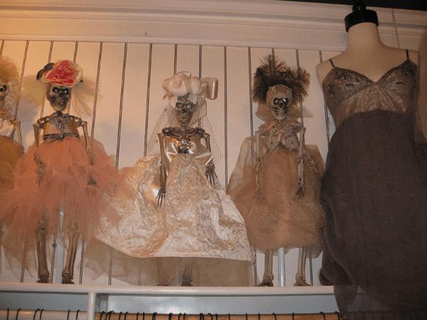 Figura 1: esqueletos Couture, San Diego