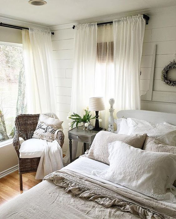 25 Cozy And Stylish Farmhouse Bedroom Ideas | HomeMydesign