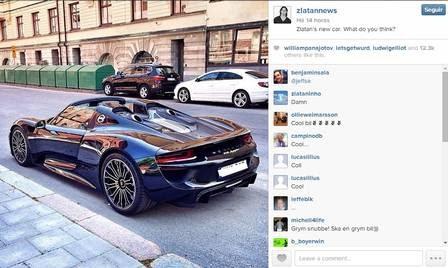 Ibrahimovic exibe e arranca com seu novo Porsche de R$ 3 milhões
