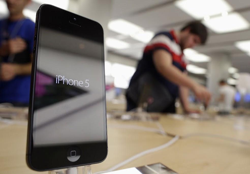 O designer da Apple Jonny Ive foi amplamente elogiado por sua contribuição para o sucesso do iPhone  (Foto: Reuters)