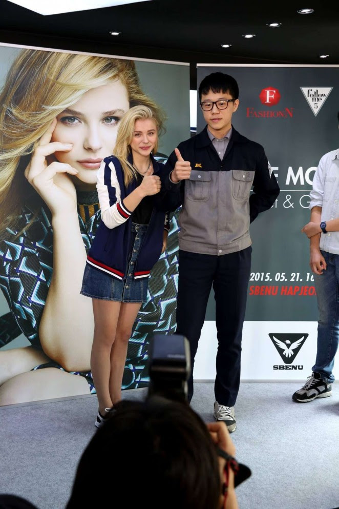 Chloe Moretz: Meet and Greet at Sbenu -07