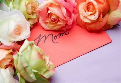 Rose Ceremony to Honor Mothers   Weddings by Christina