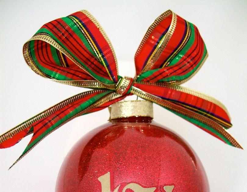 Obsessed with Scrapbooking: Ornament Ideas!