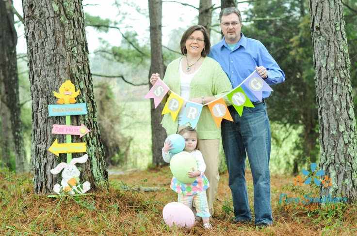 20 Spring Family Photo Ideas Images Spring Family Portrait Ideas